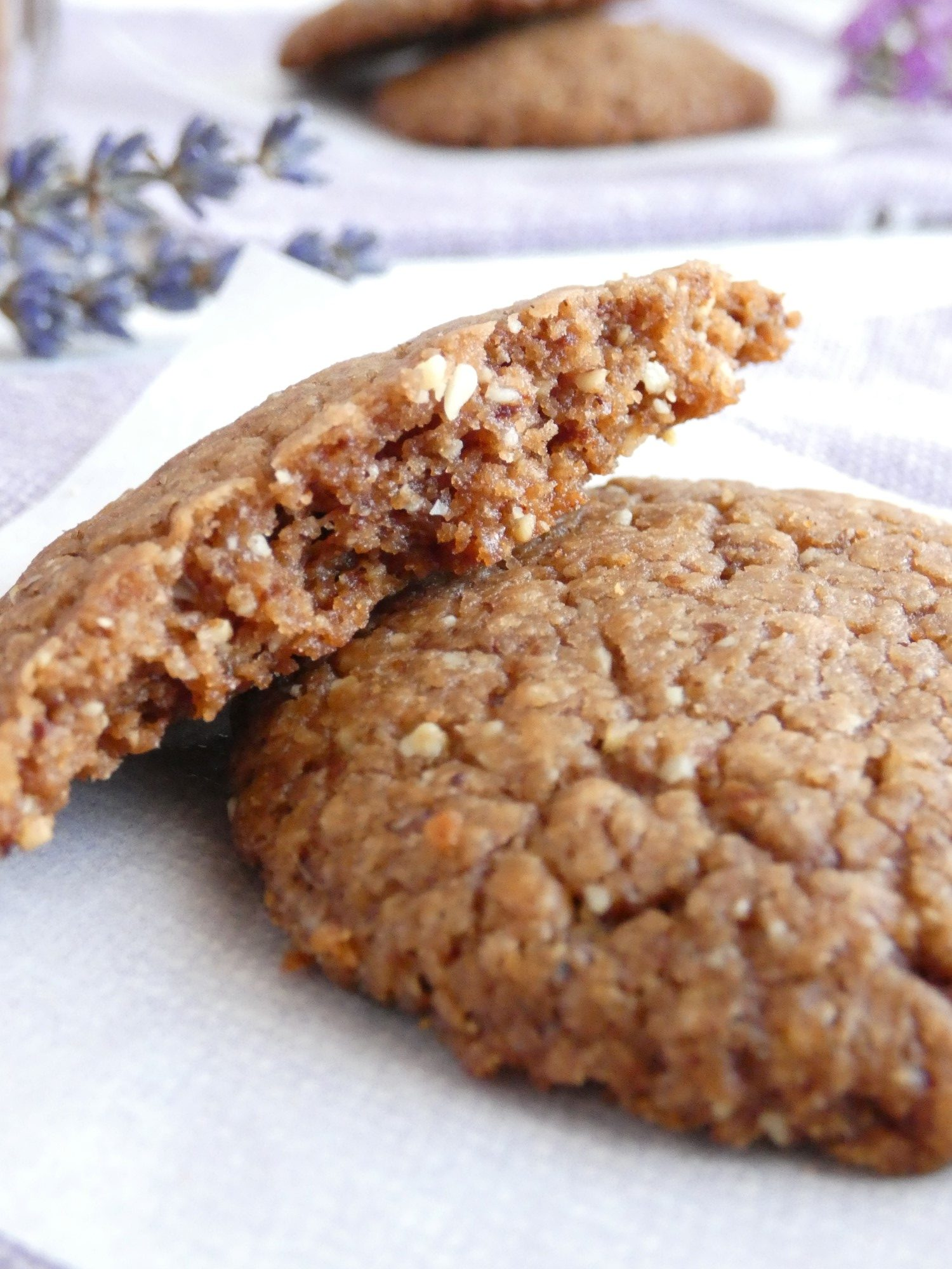 chocolate almond and cinnamon cookies