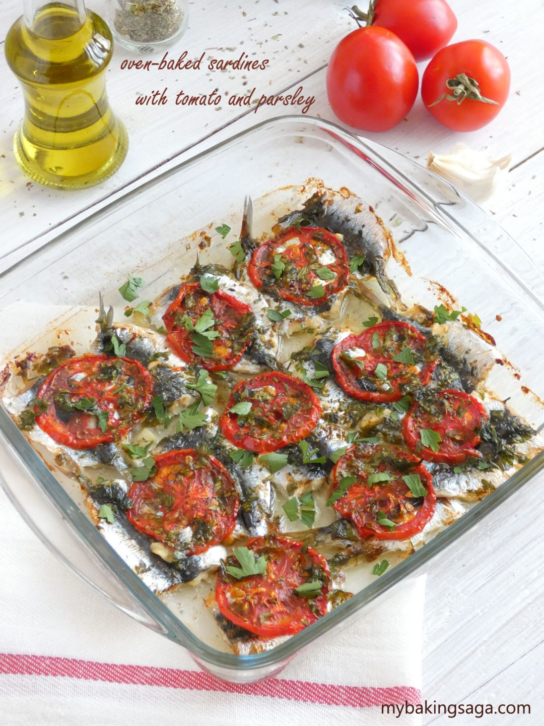 oven-baked sardines with tomato and parsley