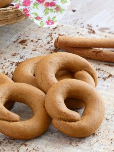 Greek Moustokouloura - Grape Must Cookies