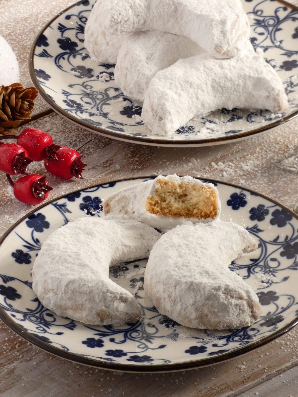 Kourabiedes Greek Christmas Butter Cookies My Baking Saga